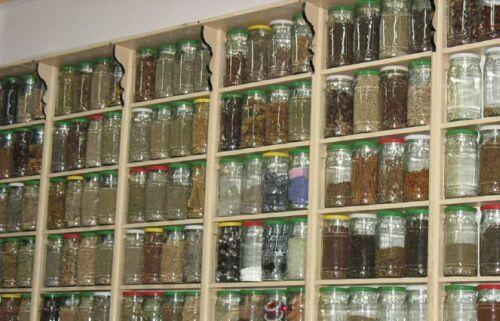 Faut-il rétablir le métier d'herboriste ?