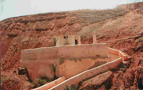 pelerinage sur la tombe des tsaddikim au maroc. Black Bedroom Furniture Sets. Home Design Ideas