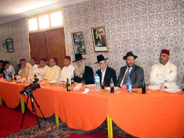 rabbi david et les grands musulmans de la ville.jpg