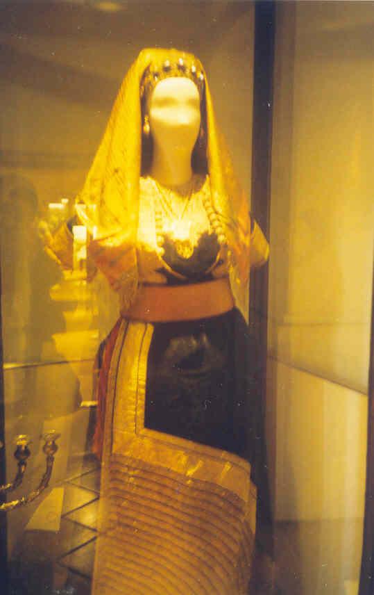 Robe de la Mariee.jpg