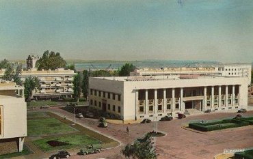 Port_lyautey_la_place_administrative_couleurs_1.jpg
