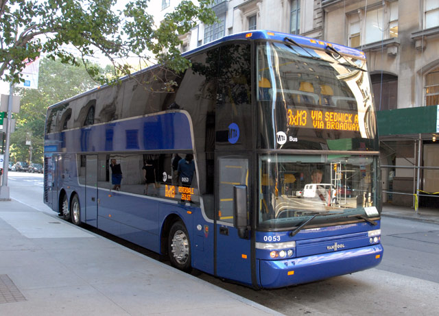 090808VanHool-Double-Decker-Bus.jpg