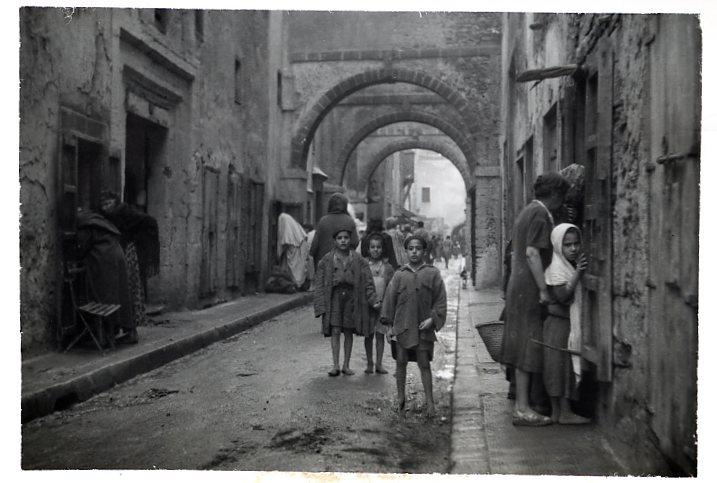 6495 La rue principale du Mellah 1950.jpg