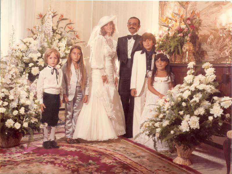Rakel et Henri Portrait mariage enfants d'honneur.jpg