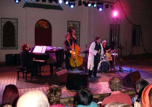photo-tanger-jazz-26-5-06-deborah brown quartet-04-.jpg